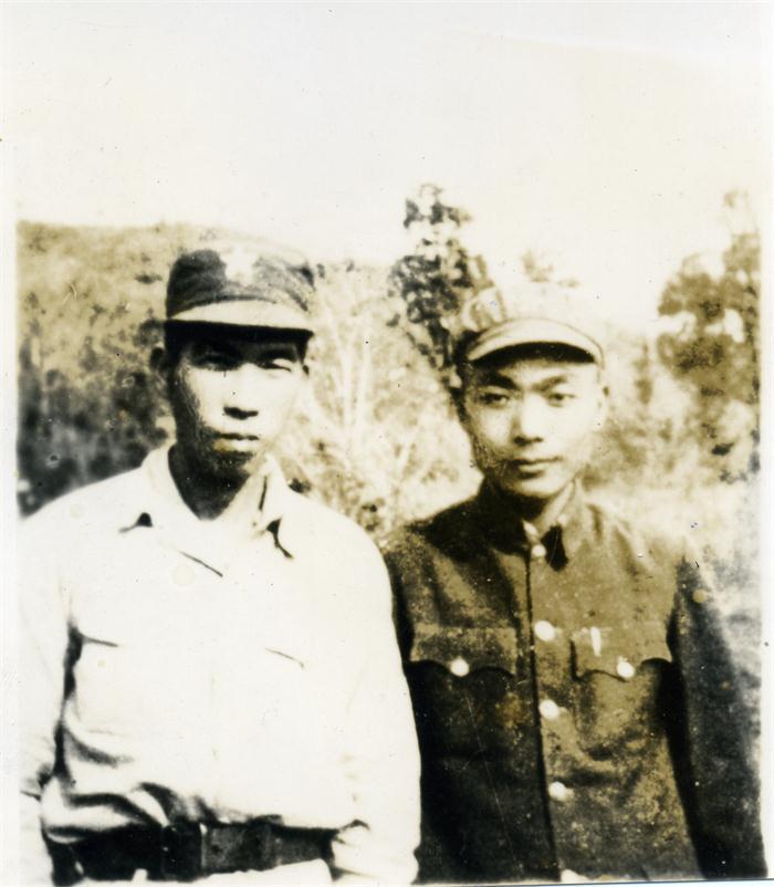 陈青山:文武双全的归侨将军